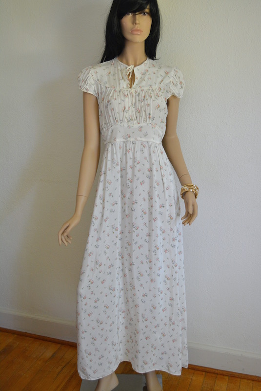 Flower Print Nightgown, Vintage Nightgown, Flower Print Dress, Vintage Dress, Miss Elaine, Vintage Gown